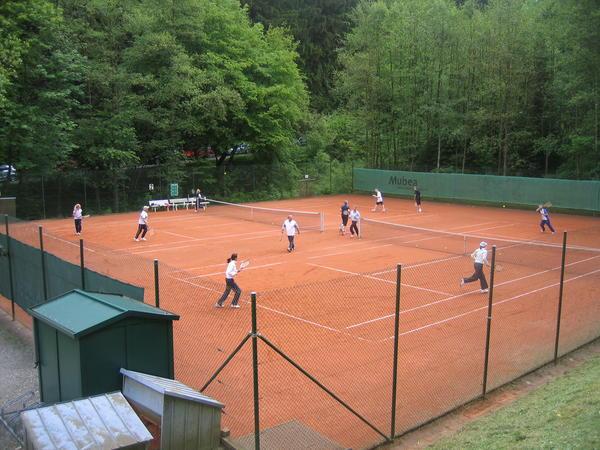 Attendorn spielt Tennis