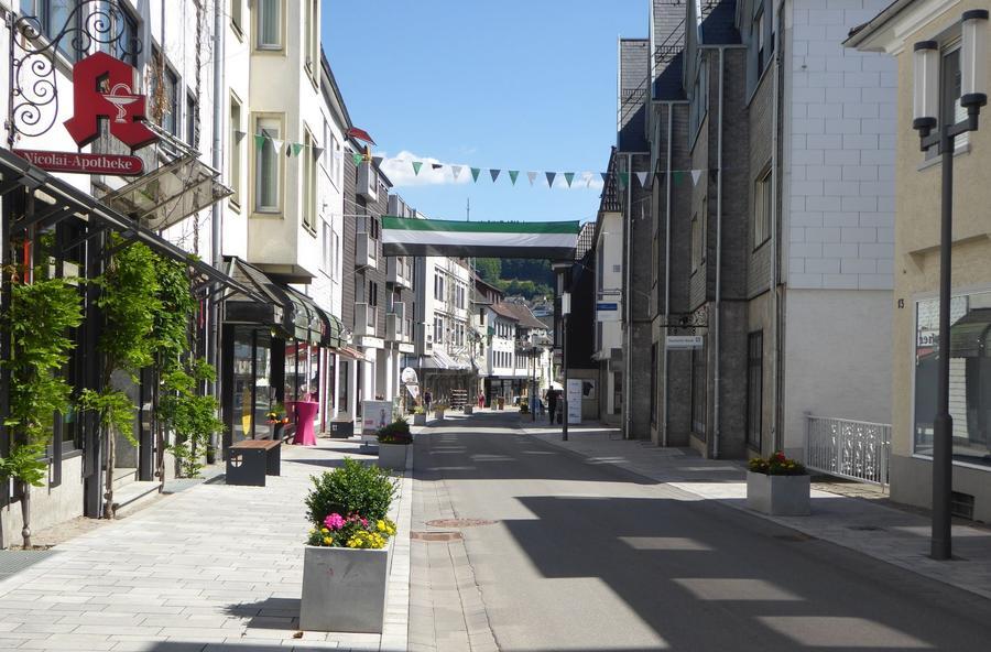 Bild vergrößern: Die Ennester Straße in Attendorn